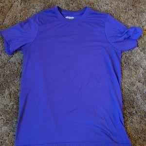 Mens gildan purple t shirt